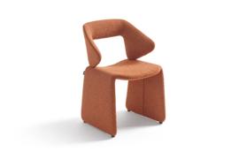 Artifort stoel model Suit met  wielen
