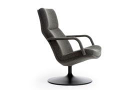 Artifort fauteuil F156 op schijf draaibaar