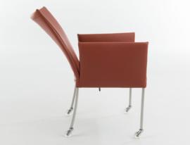 Bert Plantagie stoel type ARC FLEX in stofgroep A