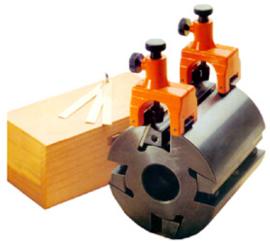 Beitelinstelblokjes magnetisch (2-delige set) in koffer.