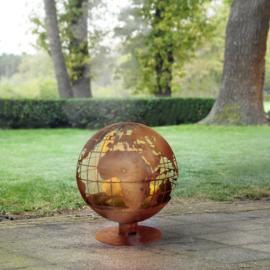 Vuurbal laser cut roest met wereldbol motief