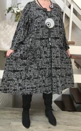 Lilian oversized A-lijn jersey jurk  apart (extra groot)