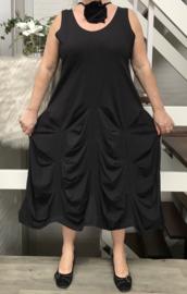 Boris jersey A-lijn jurk met ketting/bloem zwart
