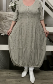SINNE design..de modieuze kleuring A-lijn linnen/viscose jurk
