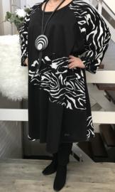 Yvonne oversized A-lijn jersey jurk apart (extra groot)