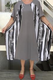 Emilia oversized A-lijn jersey jurk  apart (extra groot)/in meerdere varianten