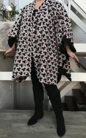 Natasha oversized poncho/vest (extra groot)  apart