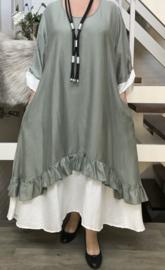 SINNE design.. A- lijn viscose jurk met imitatie onderjurk/legergroen/wit