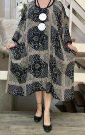 Lilka oversized A-lijn luchtige viscose jurk met zakken apart (extra groot)