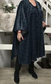 Natasha oversized zachte fake fur poncho/ vest (extra groot)  apart donkerpetrol