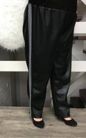 ITALIA  stretch eco leer broek met zilver bis zwart ( extra groot)