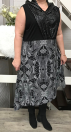 AKH Fashion asymmetrisch  jurk met capuchon