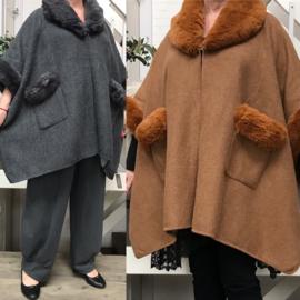 ITALIA oversized poncho/jas met inzet van eco bont  /in meerdere kleuren