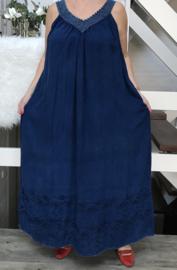 Lena viscose jurk met inzet van kant