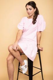 Haer Day 16 - Hippe jurk met pofmouwen in roze