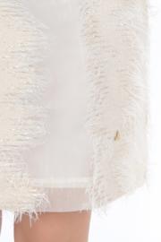Haer Party 15 - Getailleerd jurkje in off white met gouddraad