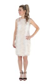 Haer Dress 15 - Getailleerd jurkje in off white met gouddraad