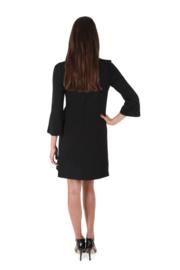 Haer Day 4  A-lijn jurkje zwart met rode strik of rood met zwart strik