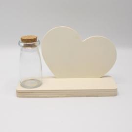 plankje hart met flesje/vaasje