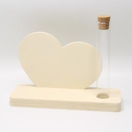 plankje met buisje  hart
