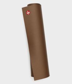 manduka pro® yoga mat 6mm - metalic brown