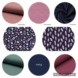 kleurencombinaties navy / roze / oud groen