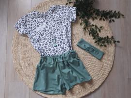 korte broek oud groen