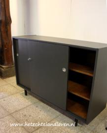 Vintage dressoir / schuifdeuren /e 2258