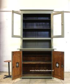 Oude keukenkast / 3032