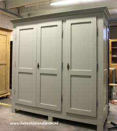 Nieuwe Handmade grote 3 deuren kast / demontabel / e 3040