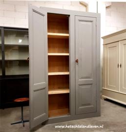 Nieuwe handmade kledingkast met antieke deuren / demontabel / e4177