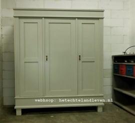 Maatwerkkast  3 deuren kast / landelijke  / Demontabel / 1490