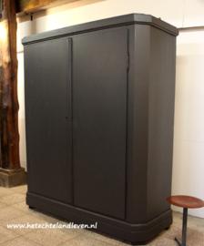 Mooie strakke kast / demontabel / 3079