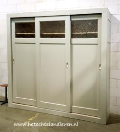 Handmade kast /oude schuifdeuren /  demontabel / e4024
