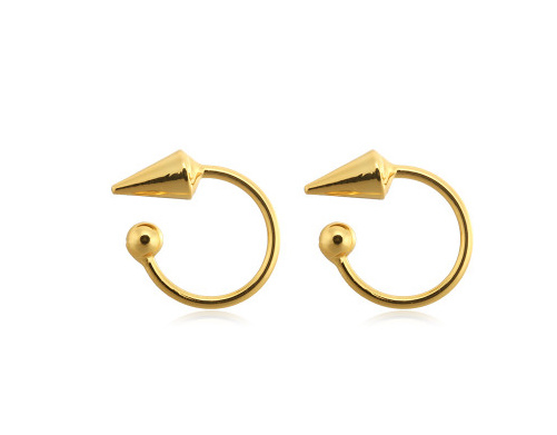 Open Hoops Arrow - Gold
