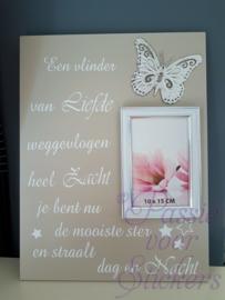 Vlinder van liefde 30x40cm met fotolijst