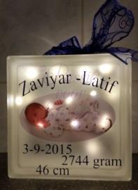 Glasblok met foto en geboortegegevens