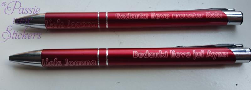 Rode pen met tekst aan 3 zijden-Voor dit schooljaar 2020/2021 bedankt meester/juf