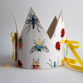 verjaardagskroon met insecten