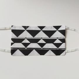mondkapje (zwart&wit maat M/L)