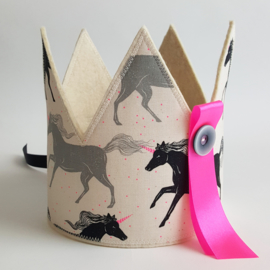 verjaardagskroon met unicorns