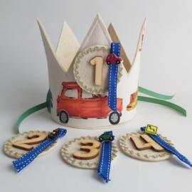 verjaardagskroon met auto's