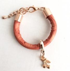Coral cherry bracelet