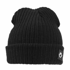 Knitted beanie black