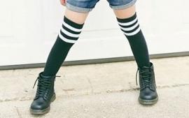 Knee socks white stripes
