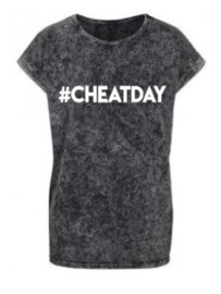 #CHEATDAY washed tee mommy