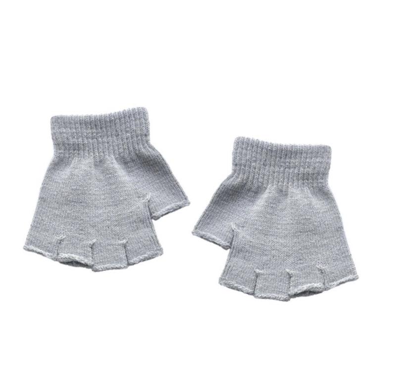 Fingerless gloves grey