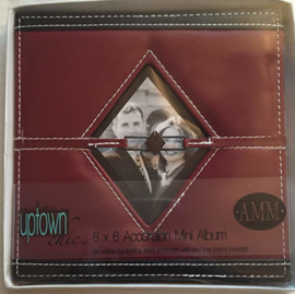 """4"""" x 4"""" Accordion mini Album Red"""