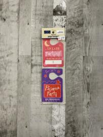Distressed Page Hangers Sleepover - Karen Foster