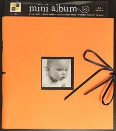 Mini Album Orange 1 8x8 - DCWV